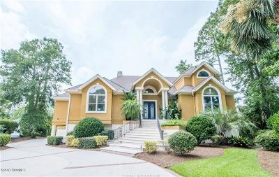 Beaufort County Single Family Home For Sale: 9 Cambridge Circle