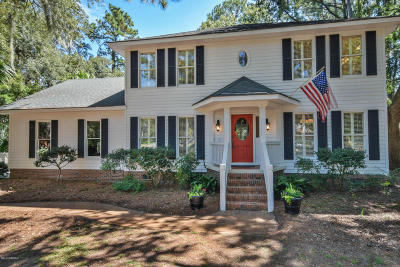 Beaufort County Single Family Home For Sale: 5 Burckmyer Drive