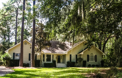 Beaufort County Single Family Home For Sale: 30 Longwood Drive