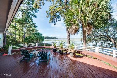 Beaufort County Single Family Home For Sale: 9 Sequoia Court