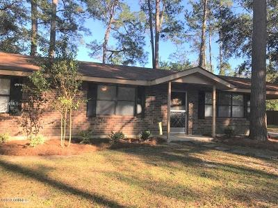 Ridgeland Single Family Home For Sale: 324 Pine Forest Loop