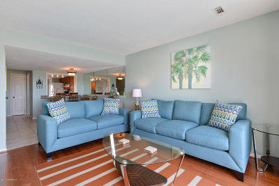 Harbor Island Condo/Townhouse For Sale: B208 Cedar Reef Villa