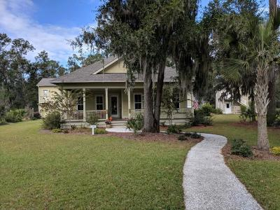 Beaufort County Single Family Home For Sale: 10 Carter Oaks Drive