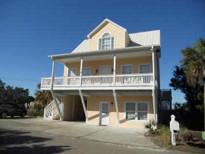 Harbor Island Single Family Home For Sale: 71 Harbour Key Drive