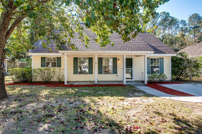 Beaufort County Single Family Home For Sale: 5 Eagle Trace Court
