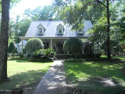 Hampton Single Family Home For Sale: 517 Holly
