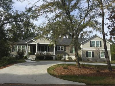 Beaufort County Single Family Home For Sale: 20 Little Creek Road