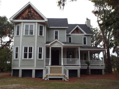 Beaufort County Single Family Home For Sale: 4 Pilot House Road