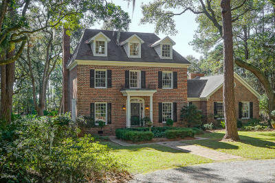 Beaufort County Single Family Home For Sale: 19 Burckmyer Drive