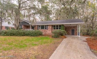 Beaufort County Single Family Home For Sale: 609 Battery Creek Road