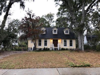 Beaufort, Beaufort Sc, Beaufot Single Family Home For Sale: 2204 Pigeon Point Road