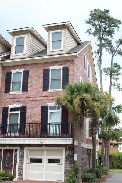 Beaufort County Condo/Townhouse For Sale: 54 Battery Creek Club Drive
