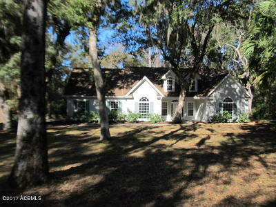 Beaufort County Single Family Home For Sale: 22 Partridge Circle