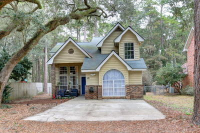 Beaufort County Single Family Home Under Contract - Take Backup: 28 Francis Marion Circle