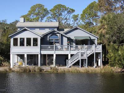 Beaufort County Single Family Home For Sale: 122 Sand Piper Run