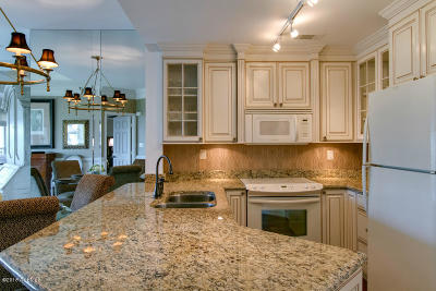Beaufort County Condo/Townhouse For Sale: 6 Village N #85
