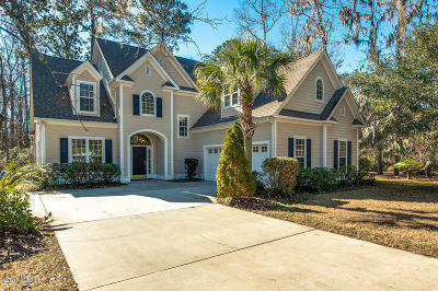 Beaufort County Single Family Home For Sale: 60 Meridian Point Drive