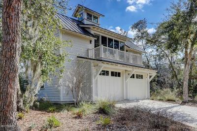 Bluffton Single Family Home For Sale: 8 Yadkin Street