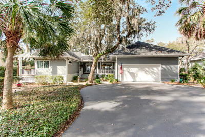 Beaufort County Single Family Home For Sale: 818 Island Circle W