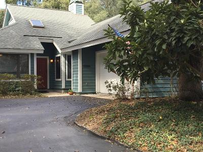 Beaufort County Single Family Home For Sale: 666 S Reeve Road