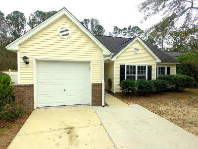 Bluffton Single Family Home For Sale: 28 Grove Way
