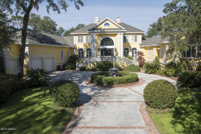 Beaufort County Single Family Home For Sale: 2 Sparrow Nest Point