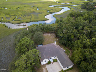 Beaufort County Single Family Home For Sale: 57 Dockside Lane