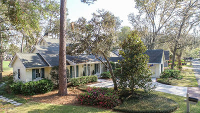 Beaufort County Single Family Home For Sale: 51 S Boone Road