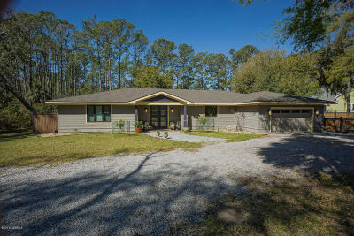 Beaufort County Single Family Home For Sale: 35 Cusabo Road