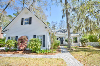 Beaufort County Single Family Home For Sale: 336 Cottage Farm Drive
