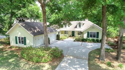 Beaufort County Single Family Home For Sale: 43 Cotton Dike Court