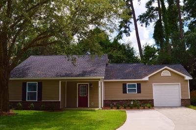 Beaufort County Single Family Home For Sale: 6 Brindlewood Drive