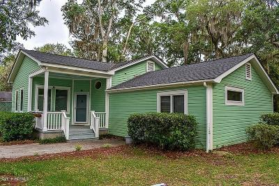 Beaufort County Single Family Home For Sale: 2517 Acorn Hill Avenue