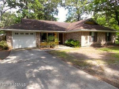 Beaufort County Single Family Home For Sale: 37 Pine Run Trail