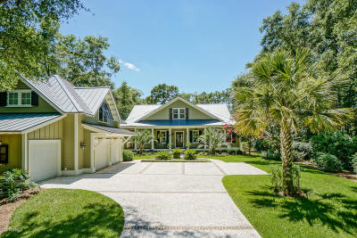 Beaufort County Single Family Home For Sale: 9 Salt Marsh Cove