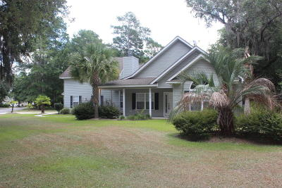 Ridgeland Single Family Home For Sale: 15 Woods Court