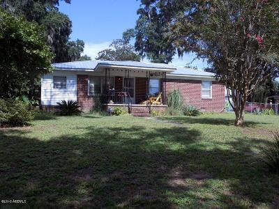 Beaufort County Single Family Home For Sale: 1707 Palmetto Drive