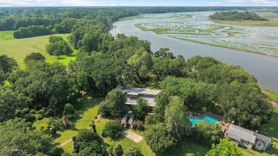 Beaufort County Single Family Home For Sale: 21 Huspah Plantation Road