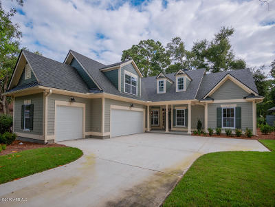 Beaufort County Single Family Home For Sale: 145 Locust Fence Road