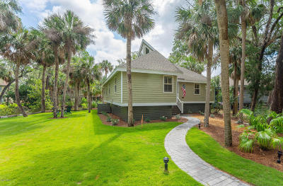 Beaufort County Single Family Home For Sale: 239 Deerfield Court