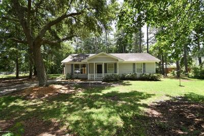 Beaufort County Single Family Home For Sale: 6 Hewlett Road