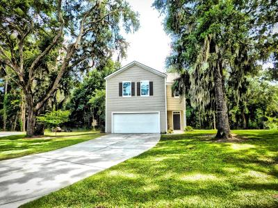 Beaufort County Single Family Home For Sale: 4912 Breeze Way