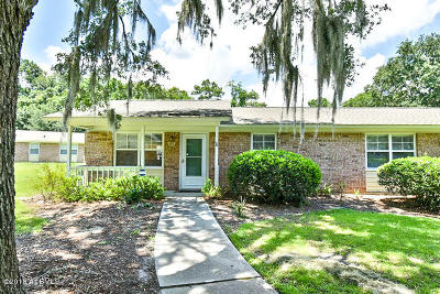Beaufort SC Condo/Townhouse Under Contract - Take Backup: $75,000