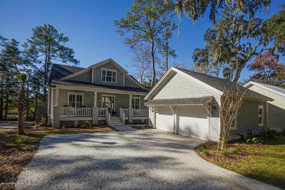 Beaufort County Single Family Home For Sale: 140 Gautier Place