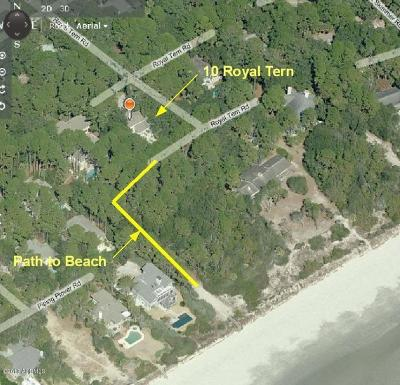 Beaufort County Single Family Home For Sale: 10 Royal Tern Road