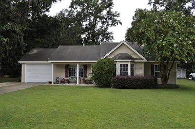 Beaufort County Single Family Home For Sale: 5 Ogden Court