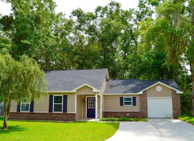 Beaufort County Single Family Home For Sale: 18 Brindlewood Drive