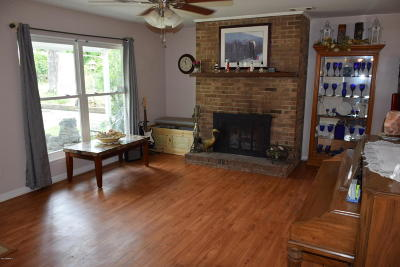 Shell Point Single Family Home For Sale: 3006 Cedarbrook Street