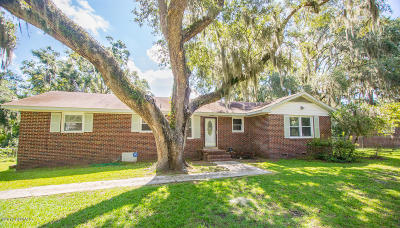 Beaufort County Single Family Home For Sale: 1611 Camellia Road