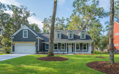 Beaufort County Single Family Home For Sale: 3 Fox Sparrow Road